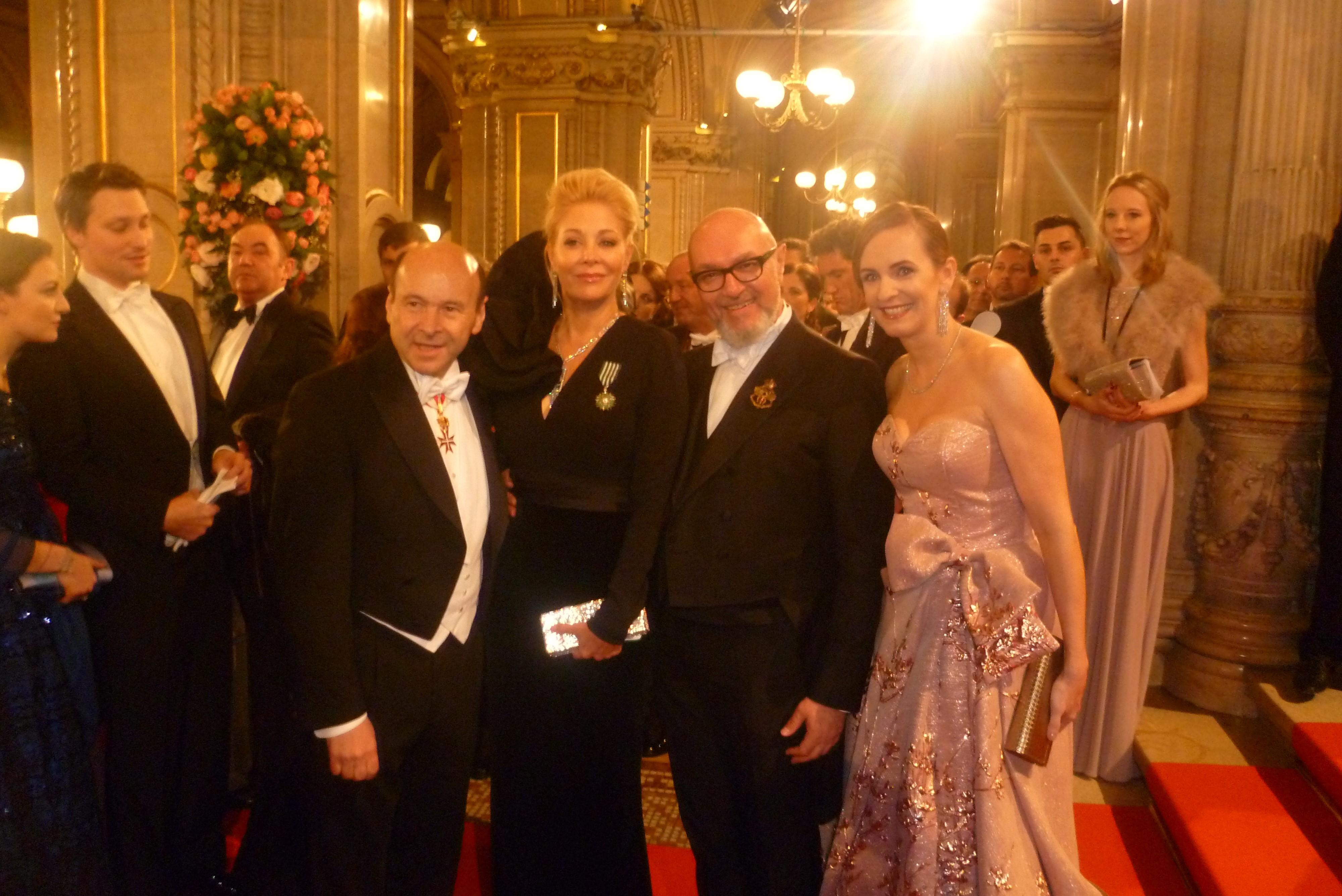 Direktor der Wiener Staatsoper Dominique Meyer (links) Opernballchefin Maria Großbauer